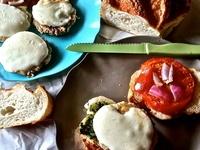 Pesto Chicken Burgers: Pesto Chicken, Everyday Food, Food Magazines, Eating Blog, Gourmet Sandwiches, Chicken Burgers, Magazines Recipes, Smart Recipes, Sugarfoot Eating