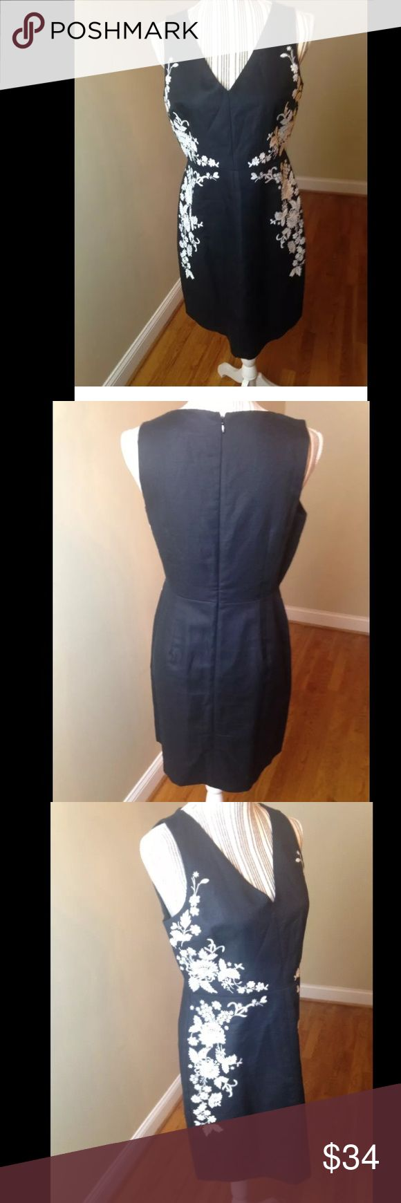 Ann Taylor loft 6P Embroidered dress Linen mixed This elegant classy sexy dress measures 17 1/2 from armpit to armpit . Making it 35 inches across. The waist measures is 30 inches . The length is 35 inches long. I really wish I could fit it...EUC. Looks brand new. Has been dry cleaned ..I take care of all my items and value every customer. There are no marks or stains..stored in a clean and smoke free environment. As I want your item to arrive to you on time, I ship fast. Ann Taylor Dresses…