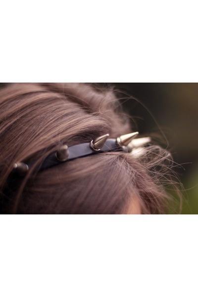 spike headband: Purple Hair, Fashion, Heart, Dogs Collars, Diy Headbands, Diy Clothing, Photo, Leather, Spikes Headbands