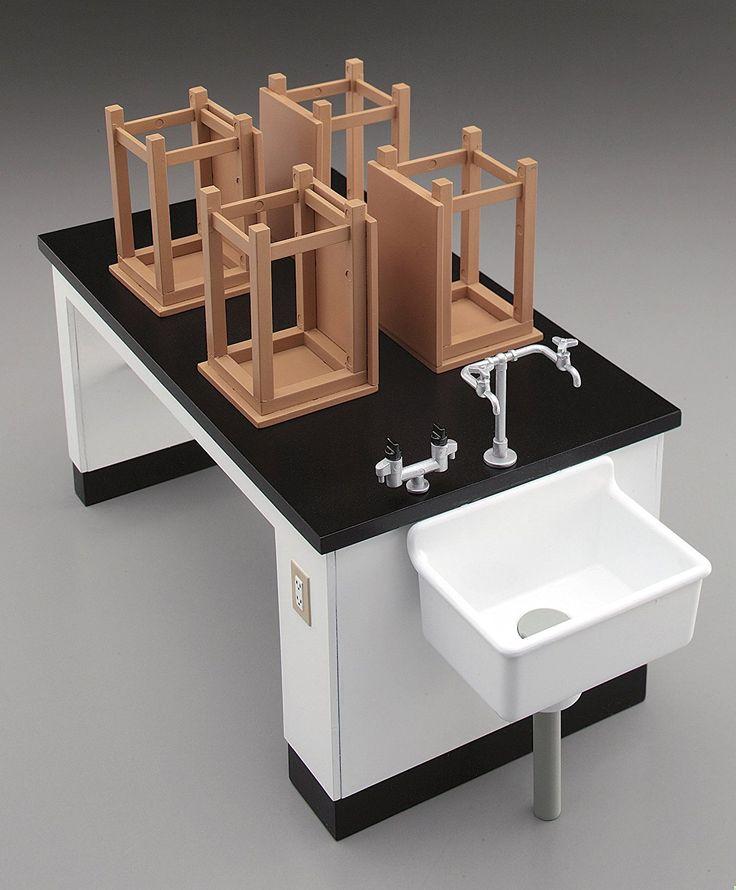 Amazon   ハセガワ 1/12 フィギュアアクセサリーシリーズ 理科室の机と椅子 プラモデル FA04   プラモデル 通販