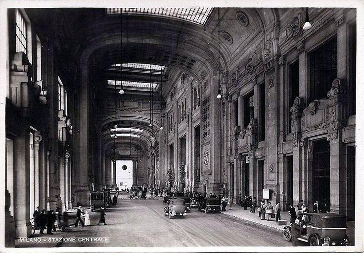 Stazione Centrale  Galleria delle Carrozze. 1931