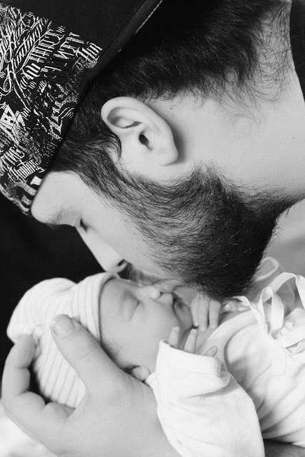 Daddy's first kiss...: Baby And Daddy Pictures, First Kiss, Baby Kiss, Beautiful Granddaughter, Black Fathers, Baby Photos, Daddy And Son Photo Ideas