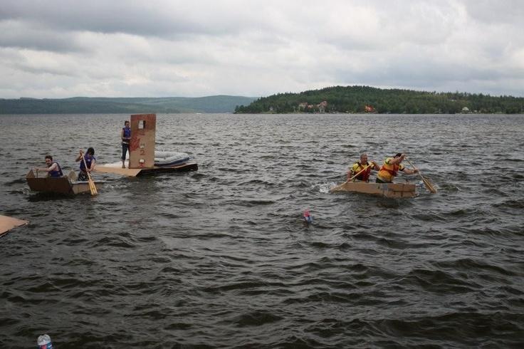 Les équipes locales n'entendent pas à rire! Les gens de Cabano ne veulent pas voir partir le trophée Carton-nages dans la Beauce.