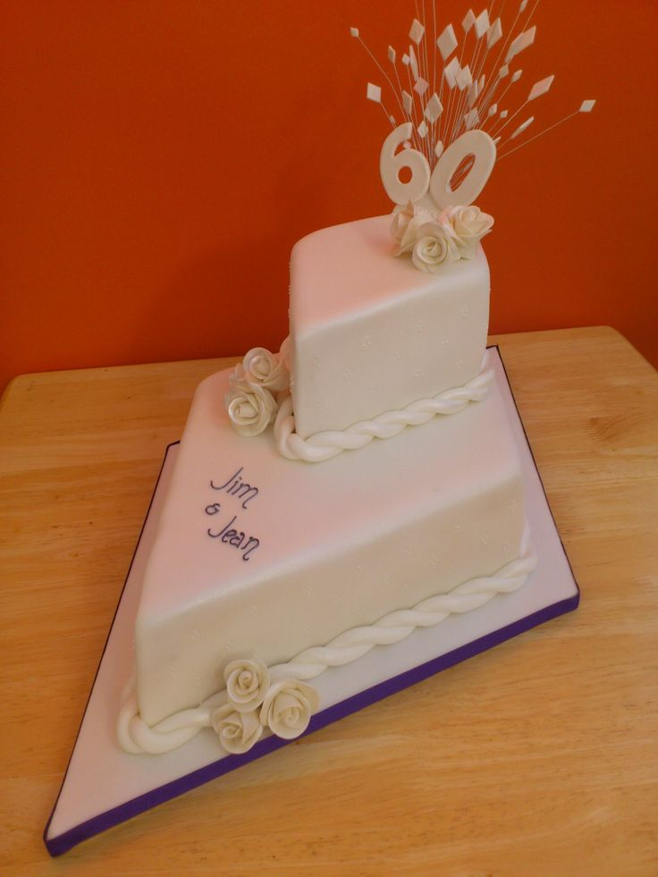 Diamond-shaped 60th anniversary cake