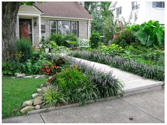 447 best front yard designs images on pinterest for Nice garden designs