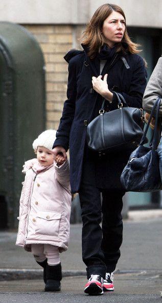 Sofia Coppola - Sophia Coppola And Daughter Walking In Soho New York City