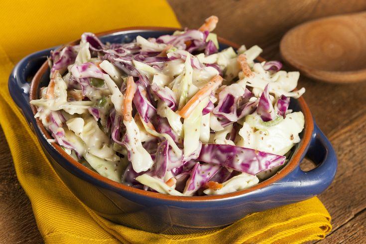 Σαλάτα με άρωμα Πηλίου: με το μήλο σε πρώτο πλάνο, και πληθώρα λαχανικών να το πλαισιώνει, φτιάξαμε μια υπέροχη γλυκόξινη σαλάτα και σας την προτείνουμε!