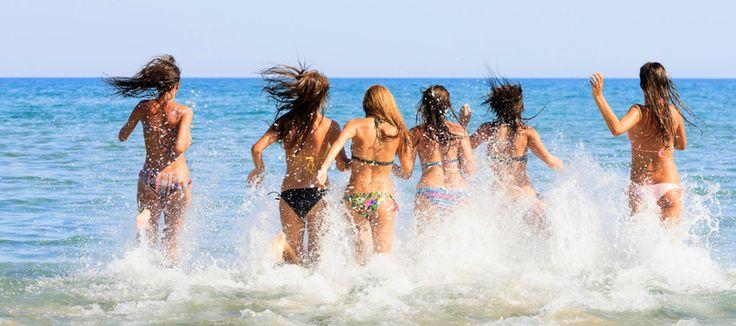 Οι Ενοχλητικές Τύπισσες Στην Παραλία