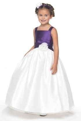 Gyerek ünnepi kislány ruhák - Júlia Esküvői Ruhaszalon