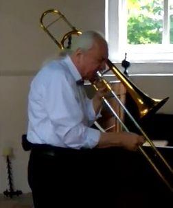 VID 20170826 143840 / Le maître du trombone