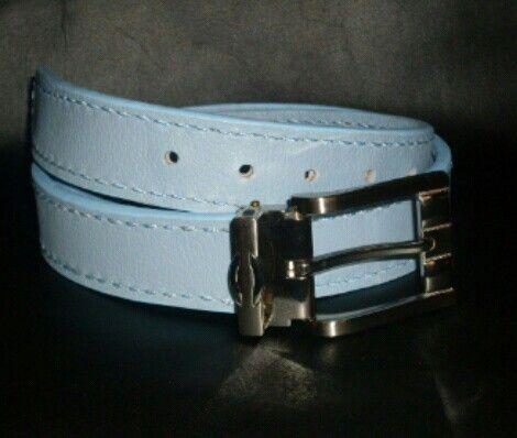 Cinturón para caballero en cuero azul celeste