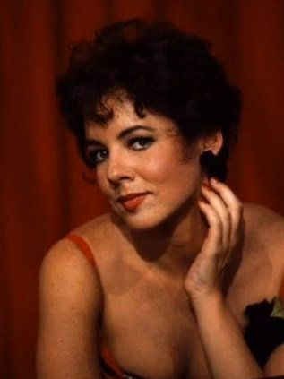 Stockard Channing brilliant in The West Wing, actress, singer, (Betty Rizzo from Grease)