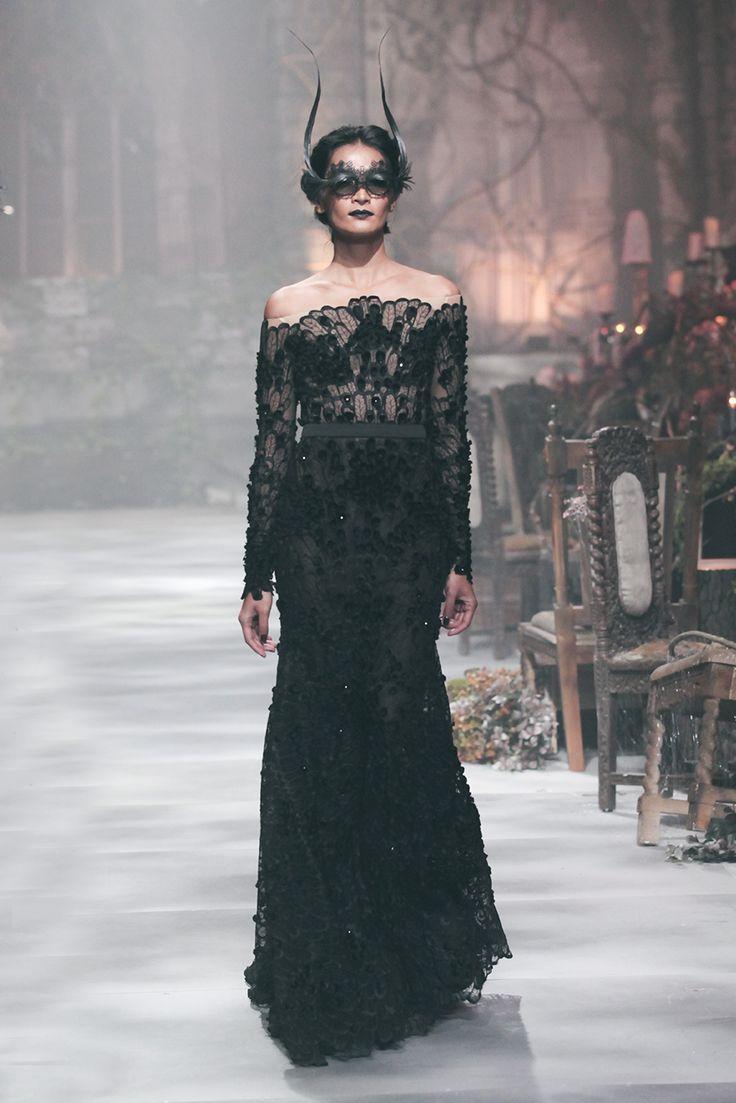 Fashion Show: Hian Tjen Haute Couture 2016