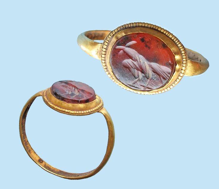 Roman gold finger ring with stone intaglio circa 3rd century AD