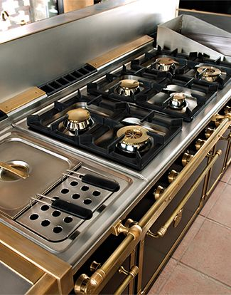 Take a look the the world's most luxurious cooking ranges and stoves at www.officinegullousa.com