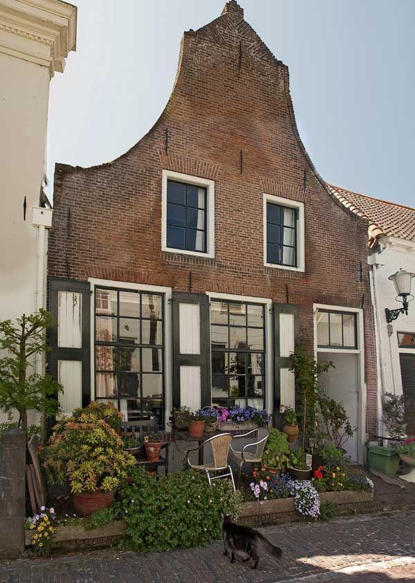 Lovely old house...Elburg (The Ned)