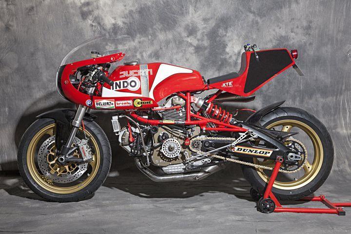 Radical! Ducati Pantah 600 Cafe Racer by XTR PEPO. Brutal esta Ducati con un aspecto racing y un rollo de las motos...