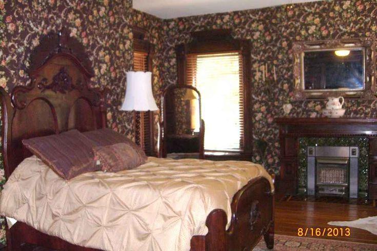 1886 Queen Anne – Fort Scott, KS   Old House Dreams