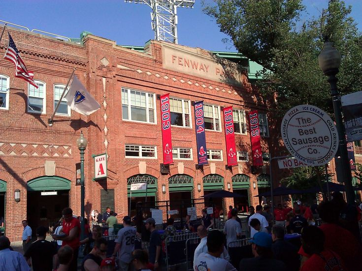 Spotlight: Eastern Mass...Fenway Park: Travel Tops 10, Mass Fenway Parks, Traveltop 10, Eastern Massachusetts, Posts Traveltop, Massfenway Parks, Posts Travel Tops, Places Incl, 10 Places