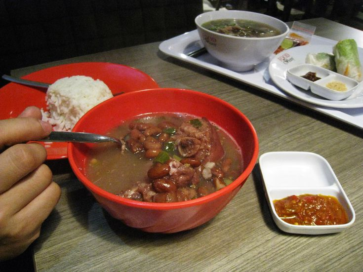 Brenebon, red kidney bean soup with pork trotters. A Minahasa (Manado) cuisine specialty, Indonesia.