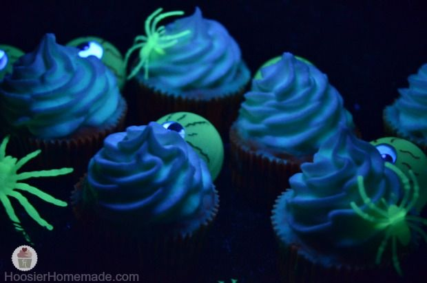 Glow in the Dark Cupcakes Recipe and Instructions on HoosierHomemade.com