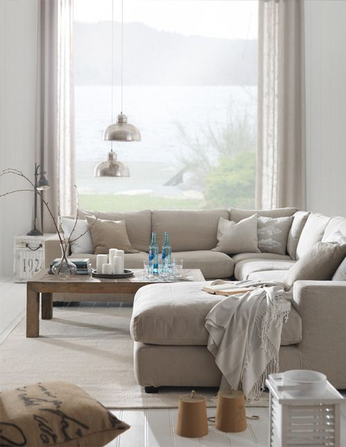 elorablue:, love this sectional Summer Living-Interior Design By Living http://livingbloggen.blogspot.com