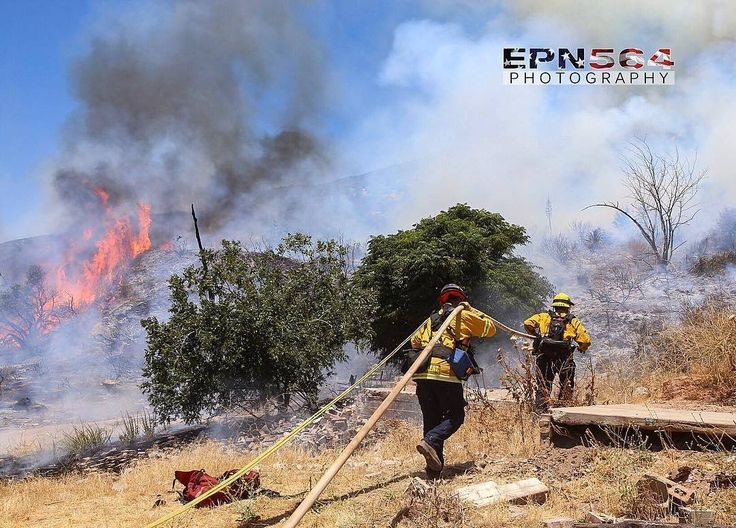 FEATURED POST  @epn564 -  BDC ME232 engaging the #MelvinFire in Devore . .  ___Want to be featured? _____ Use #chiefmiller in your post ... http://ift.tt/2aftxS9 . CHECK OUT! Facebook- chiefmiller1 Periscope -chief_miller Tumblr- chief-miller Twitter - chief_miller YouTube- chief miller .  #firetruck #firedepartment #fireman #firefighters #ems #kcco  #brotherhood #firefighting #paramedic #firehouse #rescue #firedept  #workingfire #feuerwehr  #brandweer #pompier #medic #retten #firefighter…