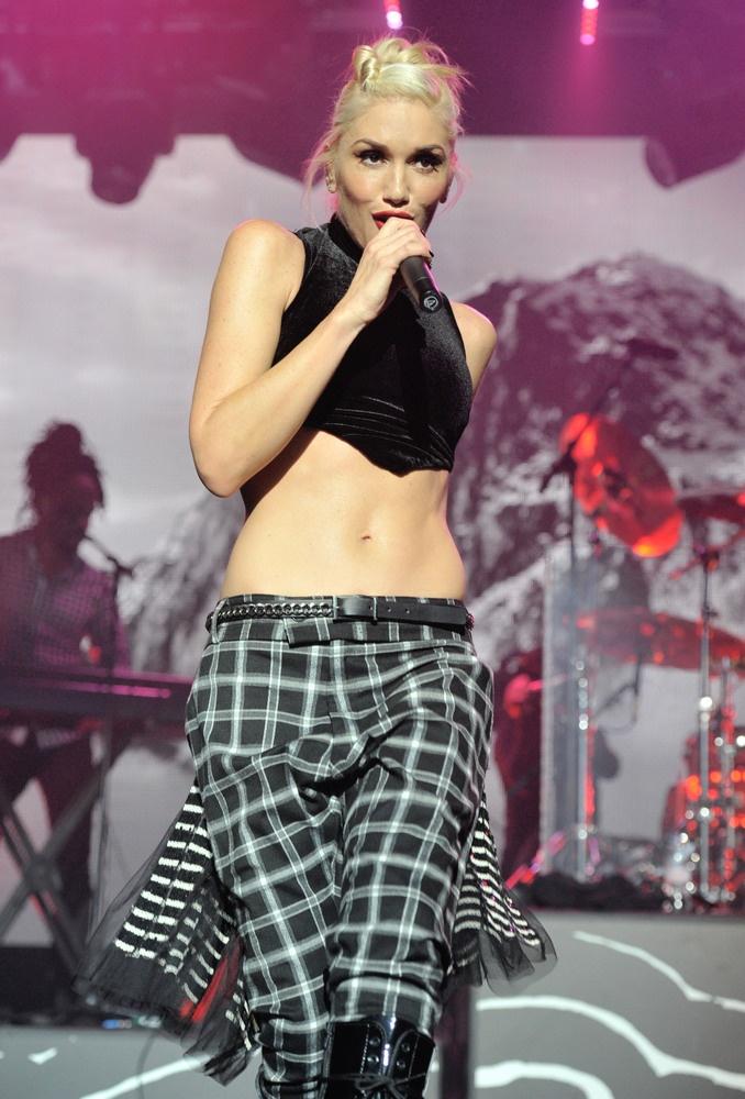 Jon Bon Jovi Breaks Silence About Daughter's Overdose ... Gwen Stefani