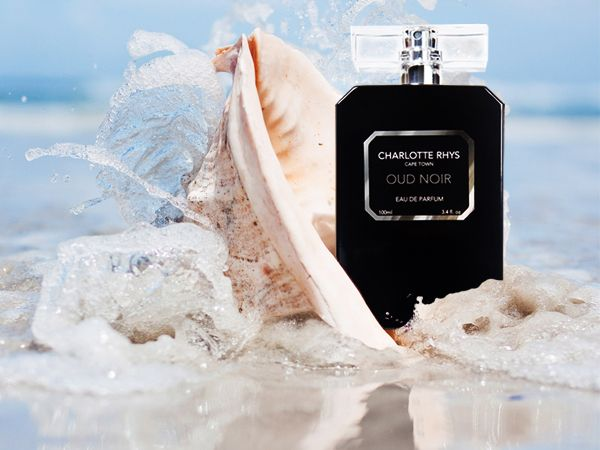 """Mysterious, exotic and alluring, this perfume is opulent and rich with all the charm and enigma of the """"Arabian Nights"""", a delightfully indulgent fragrance."""