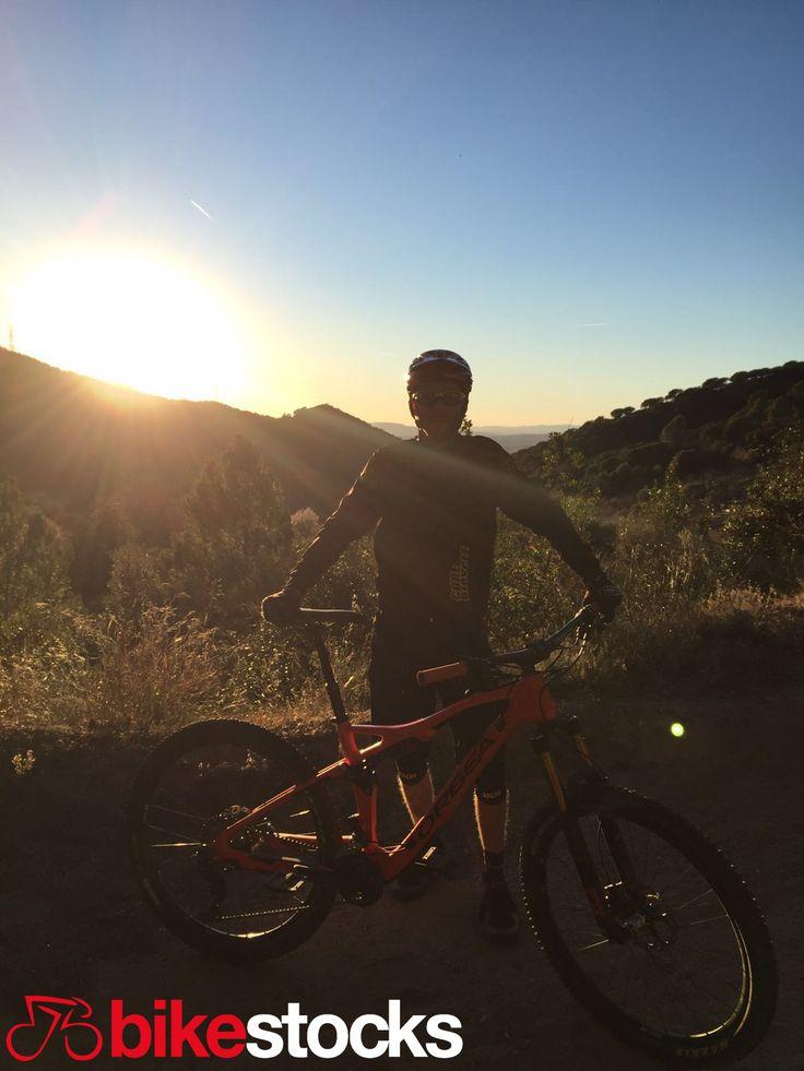 #Arnau_Suriñach ha aprovechado su fin de semna a tope. Gracias a su Orbea Occam Am M10 ha vuelto a redescubrir lo que es amar el ciclismo perdiéndose por el monte, descubriendo nuevos caminos y llegando a los rincones donde comenzó todo. La Occam Am M10 podría ser la primera y última bicicleta que necesites jamás. #bikestocks #bici #bicis #bicicleta #bicicletas #ciclismo #ciclista #ciclistas #mtb #pedalear #orbea #occam #OccamAm #barcelona #madrid #salidamtb #montaña