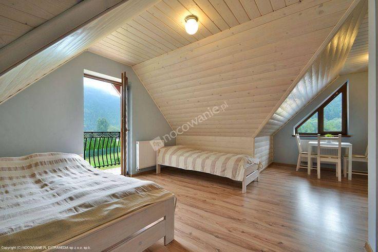Pokoje gościnne Pienińska Przygoda położone są u podnóża Trzech Koron. Szczegóły: http://www.nocowanie.pl/noclegi/sromowce_nizne/kwatery_i_pokoje/138308/ #mountains