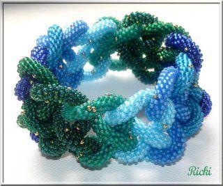 Как сплести браслет из бисера: мозаичный жгут | Дизайн украшений из бисера