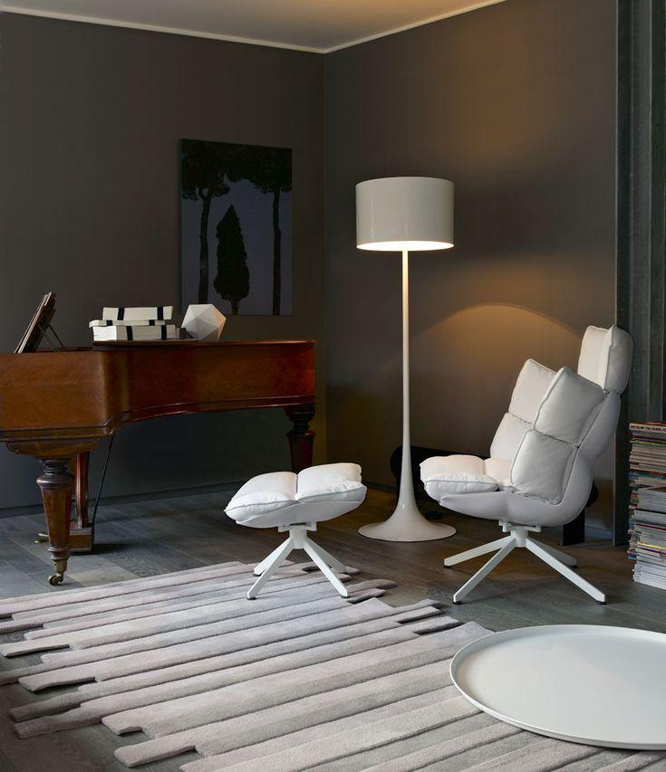 Armchair: HUSK - Collection: B&B Italia - Design: Patricia Urquiola www.bebitalia.com www.meijerwonen.nl