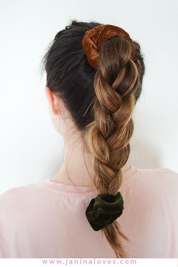 Scrunchie Haargummi 5 Arten Den Trend Der 90er Zu Stylen Scrunchie Frisuren Haar Styling Einfache Frisuren Fur Langes Haar
