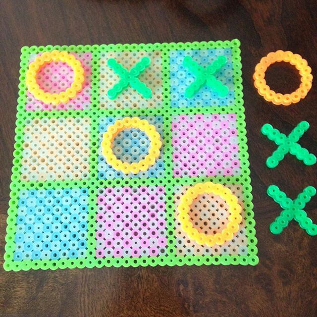 Tic-Tac-Toe perler beads by ewirtz217