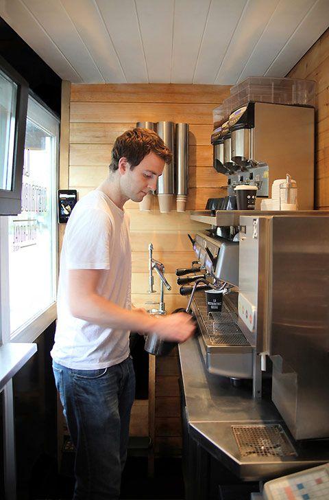 La Distributrice - the smallest coffee shop in North America!