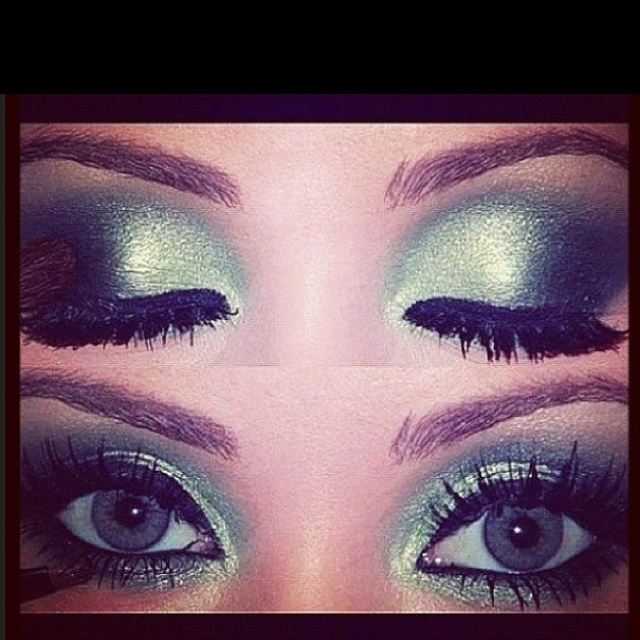 This would make my eyes insane someone try this on me!