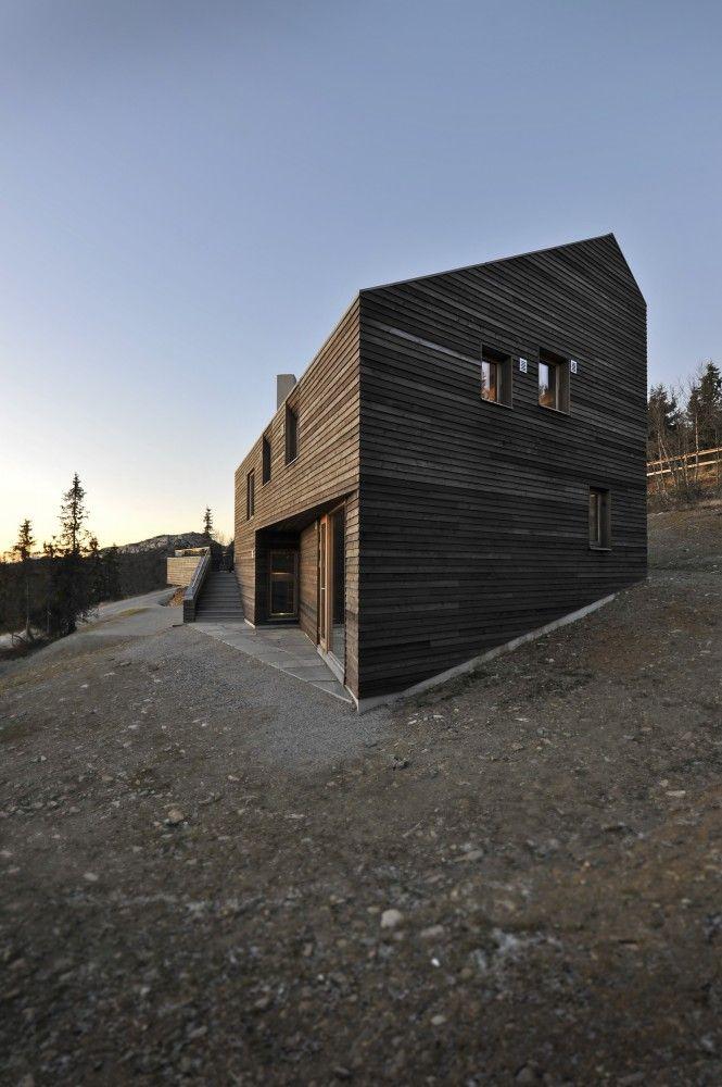 Twisted House / JVA Bois se porte mieux sans peinture