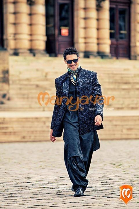 The tunes of #traditional fabric #suits you the best when your in a #Manyavar.