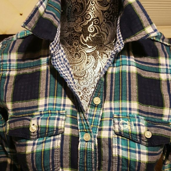 Vintage plaid Gilly Hick Beautiful plaid of Blues with lurex threading Gilly Hicks Tops Button Down Shirts