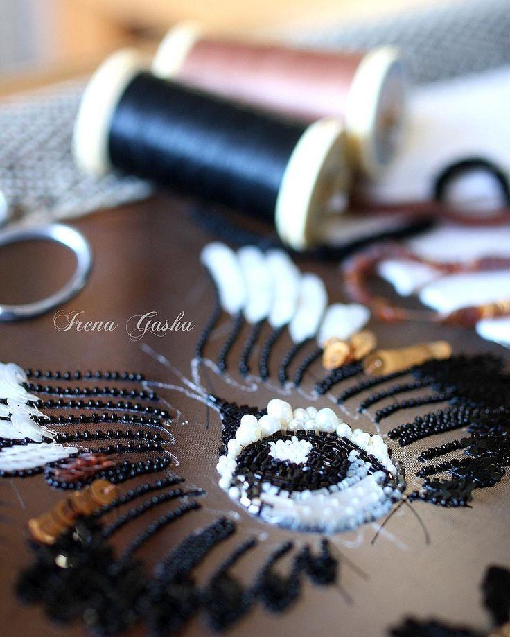 Медленно, но только в перед.... #workinprogress #irenagasha #irenagashaembroideries #handembroidered #lunevilleembroidery #coutureembroidery #brooch #jewelry #newcollection #comingsoon #wings #inspiration