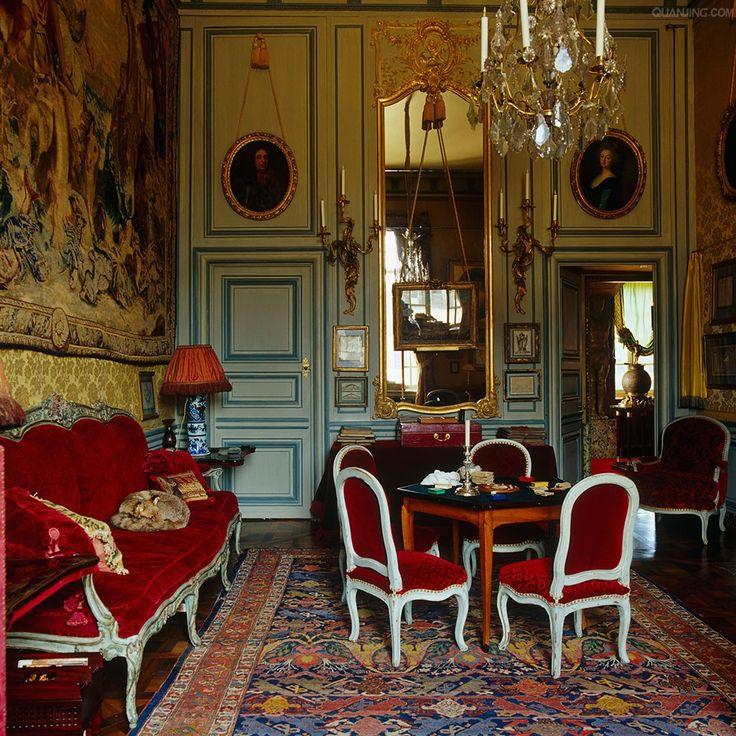 Gobelin tapestries and red velvet furnishings