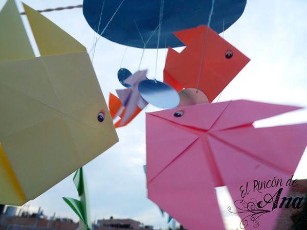 movil-hecho-con-peces-de-origami-papel