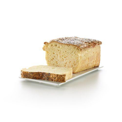 Pan blanco sin gluten con semillas de amapola. Gluten free white bread.