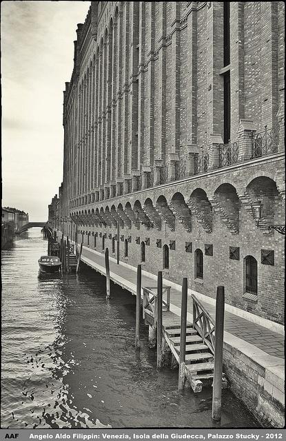 Venezia, Isola della Giudecca, Palazzo Stucky - 2012 by Angelo Aldo Filippin, via Flickr #invasionidigitali con Elena Scquizzato il 25 aprile alle 12:00