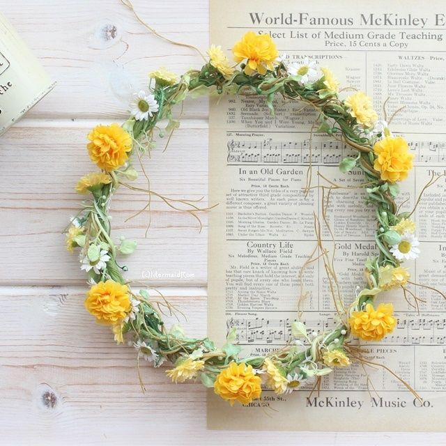 花冠タイニーフラワー*デイジー&マム イエロー【花かんむり】 | マーメイドローズ*みんなが注目するウェルカムボードと花冠