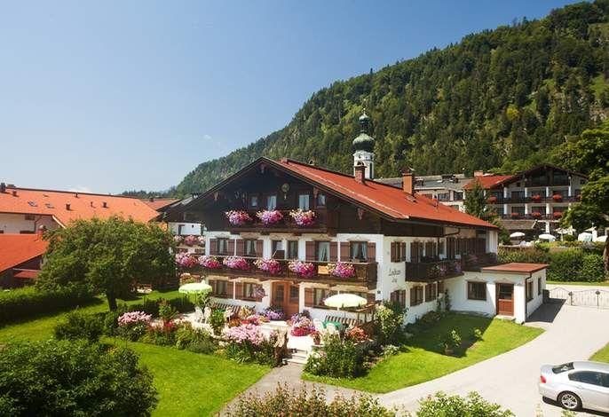 Landhaus Lengg in Reit im Winkl - hier entspannt Urlaub machen! #Ausblick #Natur #mountains