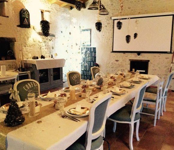 Table festive blanche
