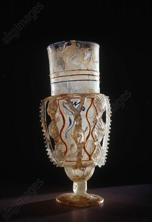 Gobelet romain (1ère moitié du IVè s AD)