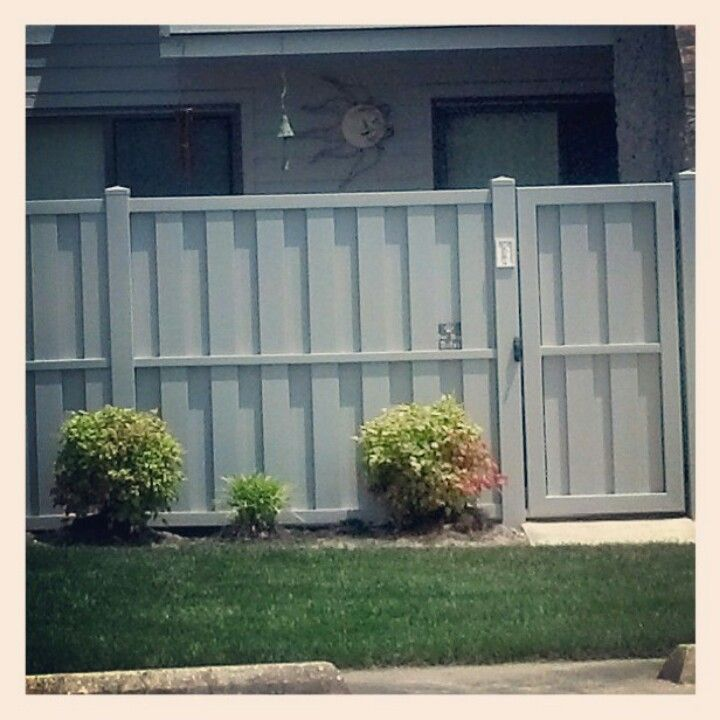 Pvc vinyl fence popular shadowbox style in color gray